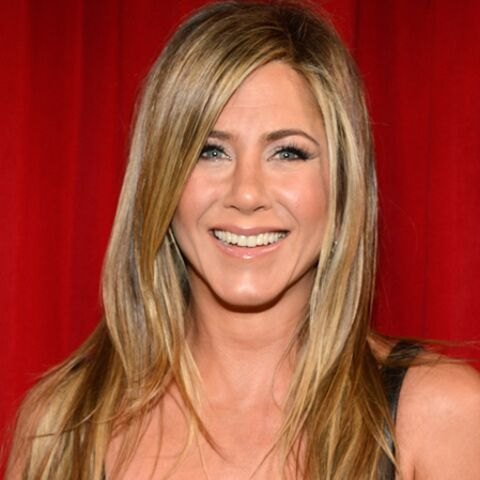 Jennifer Aniston version blonde platine