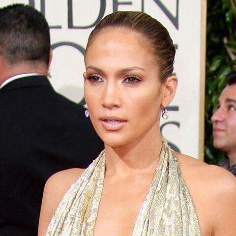 PHOTOS – Décolletés plongeants, transparence… Les 10 robes les plus étonnantes des Golden Globes