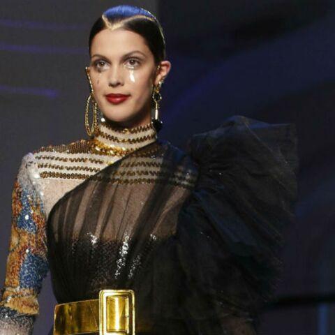 PHOTOS – Iris Mittenaere: femme fatale en robe transparente, elle défile pour Jean Paul Gaultier
