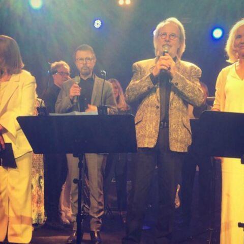 Après 30 ans, ABBA de nouveau réuni sur scène