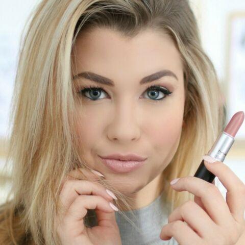 EXCLU – EnjoyPhoenix: tous les secrets de beauté de la youtubeuse star