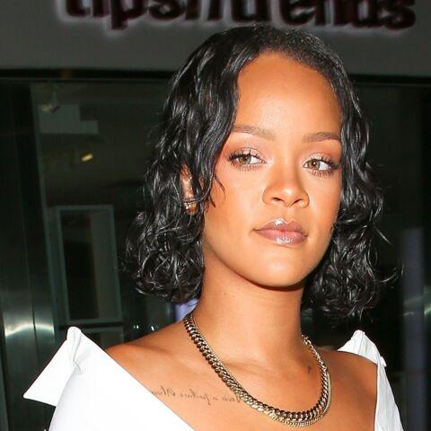 """PHOTO – Rihanna répond aux nombreuses critiques sur sa prise de poids: """"Vous ne me méritez pas"""""""