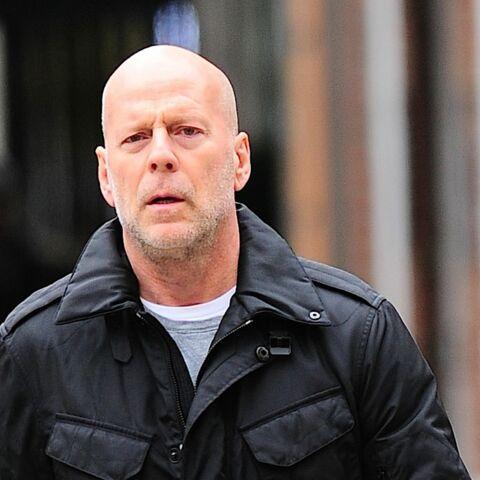 Bruce Willis mortifié par les tenues de sa fille