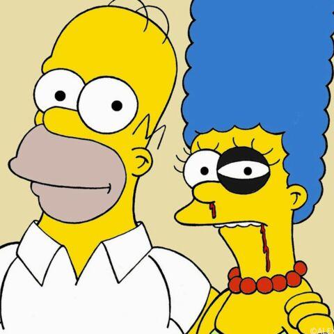 Marge Simpson et Blanche-Neige femmes battues