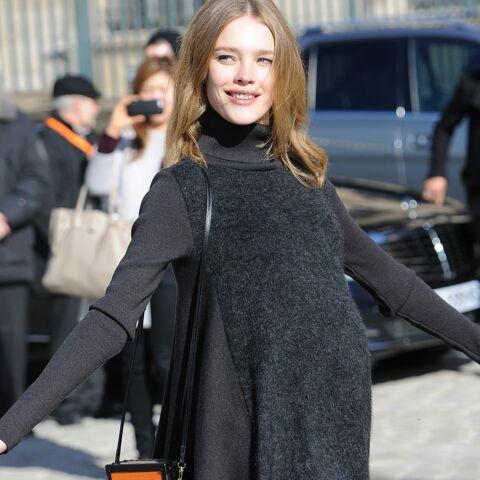 Natalia Vodianova, supermaman au défilé Vuitton