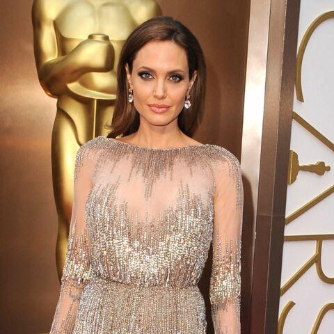 Photos – Angelina Jolie, Jessica Chastain, nude attitude