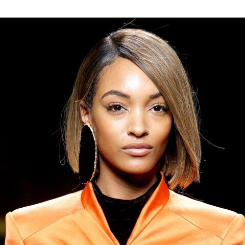 Fashion Week: Balmain voit les accessoires en grand