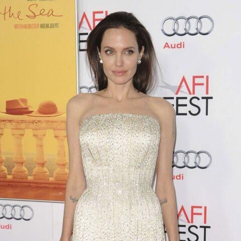 Angelina Jolie, glamour et fidèle à elle-même