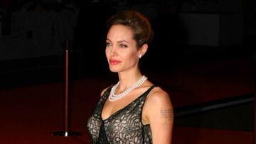 Angelina Jolie veut effacer ses tatouages suite à son divorce avec Brad Pitt
