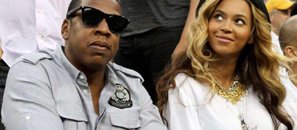VIDEO: la séance photo de Jay Z et Beyonce avec un immense tattoo sur le ventre!