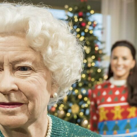 La reine Elizabeth II, Kate Middleton et William ont leurs pulls de Noël