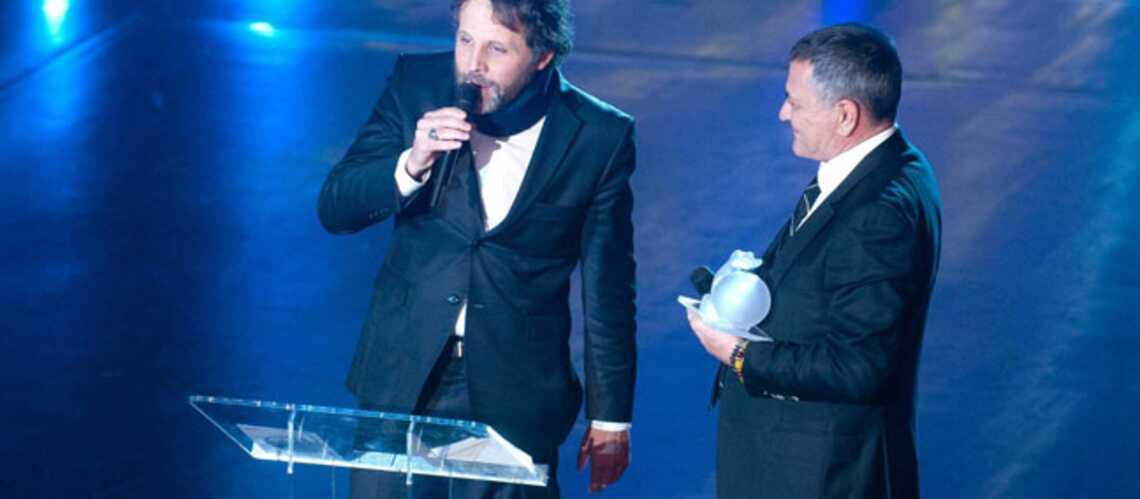 Stéphane Guillon: son bras d'honneur à Guéant censuré