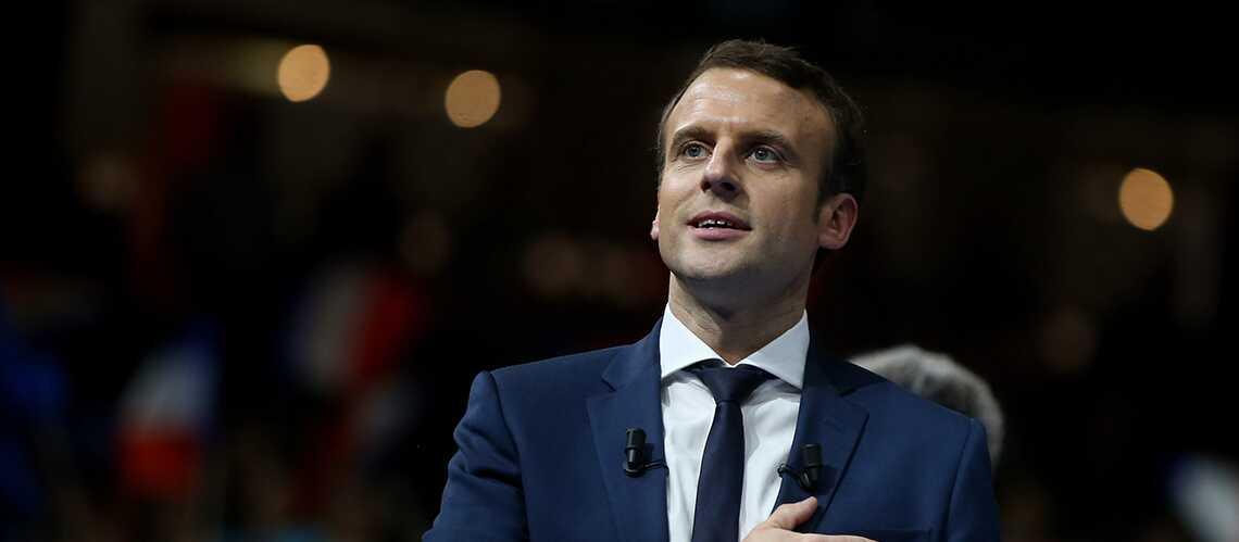 Quand Emmanuel Macron fait passer François Hollande «pour un charlot» dans les dîners en ville