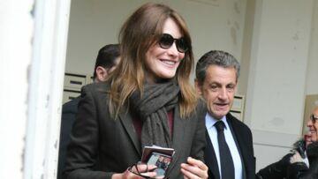 Carla Bruni-Sarkozy: à bientôt 50 ans, comment elle garde la forme