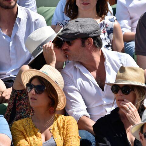 Photos- Jean Dujardin et Nathalie Péchalat amoureux à Roland Garros