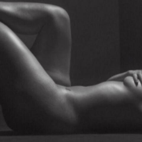PHOTOS – Ashley Graham entièrement nue, Céline Dion en cuissardes, Eva Longoria nous présente sa maman… Hot, insolite ou drôle, la semaine des stars en images