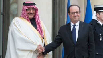 François Hollande, une légion d'honneur critiquée