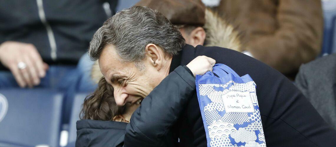 PHOTOS – Nicolas Sarkozy: grand-père gaga avec son petit-fils Solal