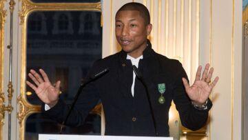 PHOTOS – Pharrell Williams, officier de l'Ordre des arts et des lettres: Son discours antiraciste
