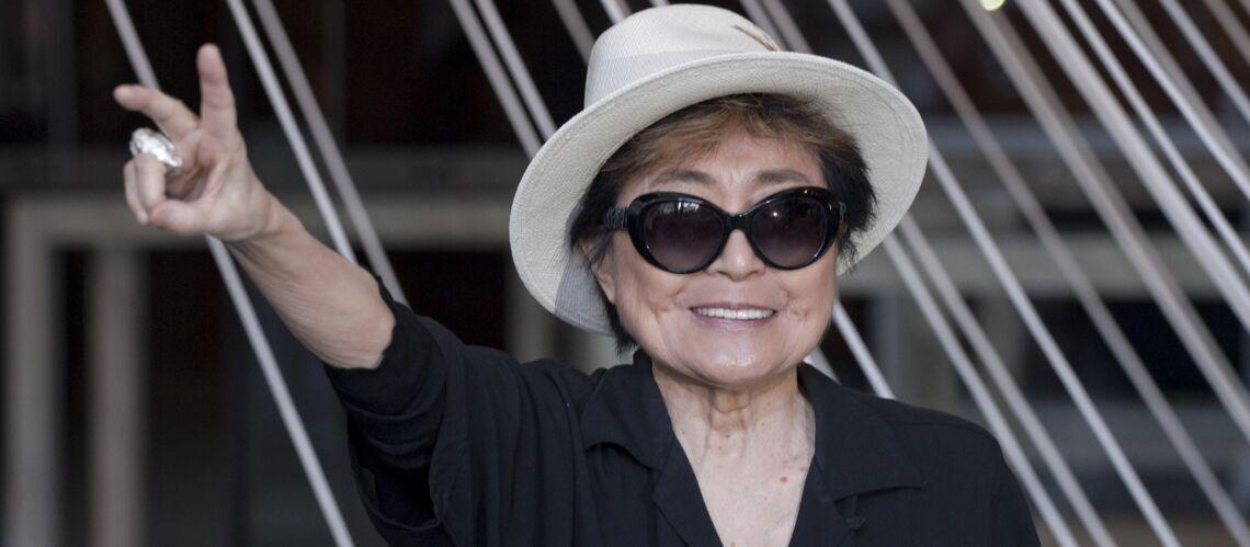 Yoko Ono, l'ex épouse de John Lennon, «en train de mourir»