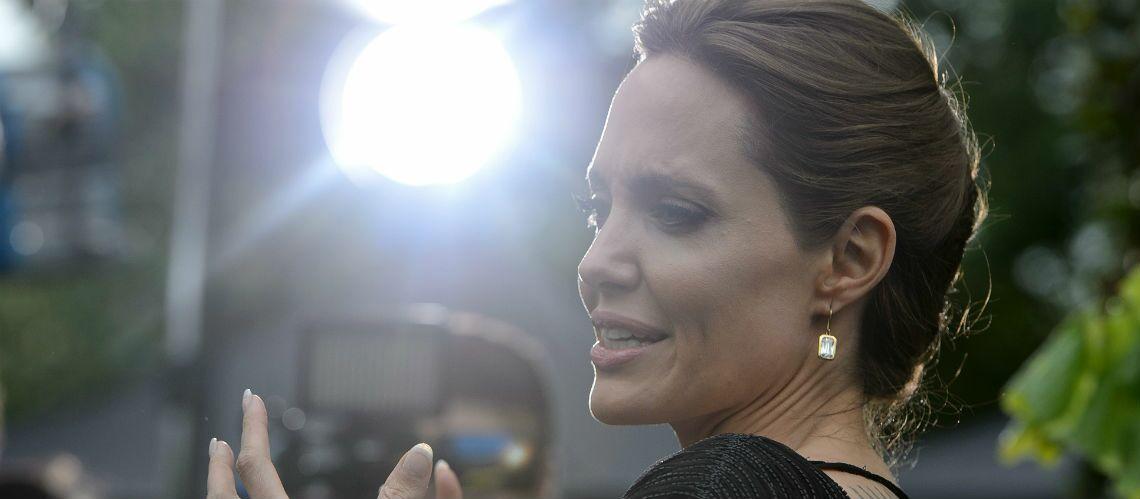 Angelina Jolie: soupçonné d'être trop complice avec Brad Pitt, son père Jon Voight a interdiction d'approcher ses six enfants