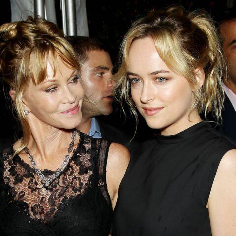 Dakota Johnson ne veut pas que sa maman voit son prochain film