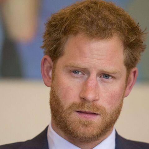 PHOTOS – Le prince Harry entouré de stars: il poursuit l'œuvre de sa mère contre le Sida
