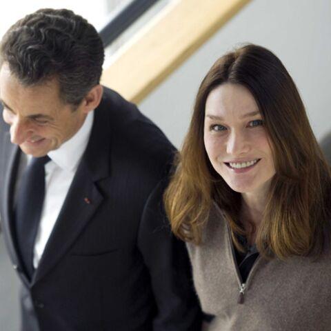 Nicolas Sarkozy et Carla en campagne près du Cap Nègre