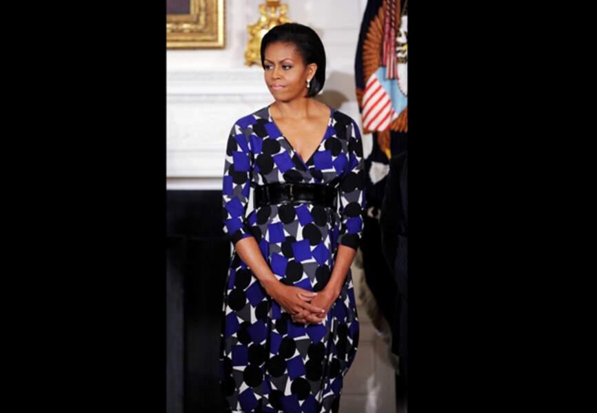 Lors d'un événement consacré à des vétérans, Michelle Obama rivalise de superbe