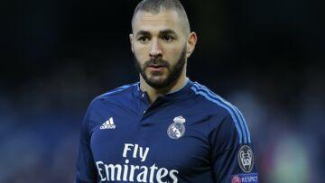 Resté à la maison, Karim Benzema encourage les Bleus