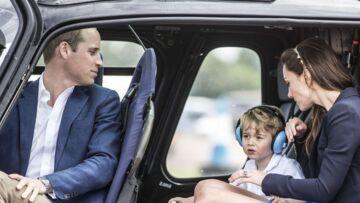 Photos – Baby George, Kate et William et l'hélico