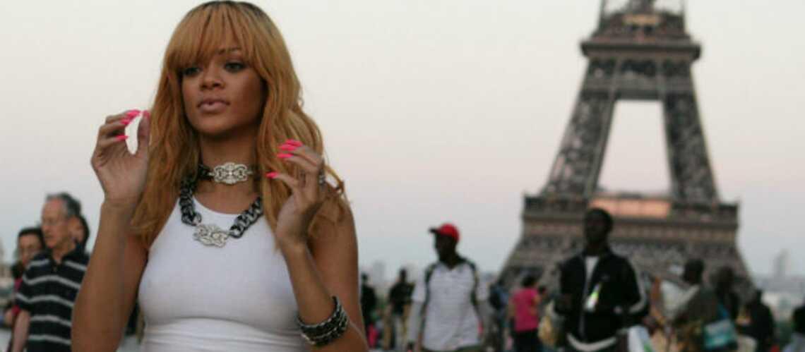 Photos: Rihanna à l'assaut de la Tour Eiffel