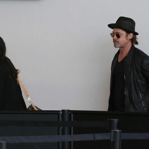 Brad Pitt et Angelina Jolie, la classe mais en éco