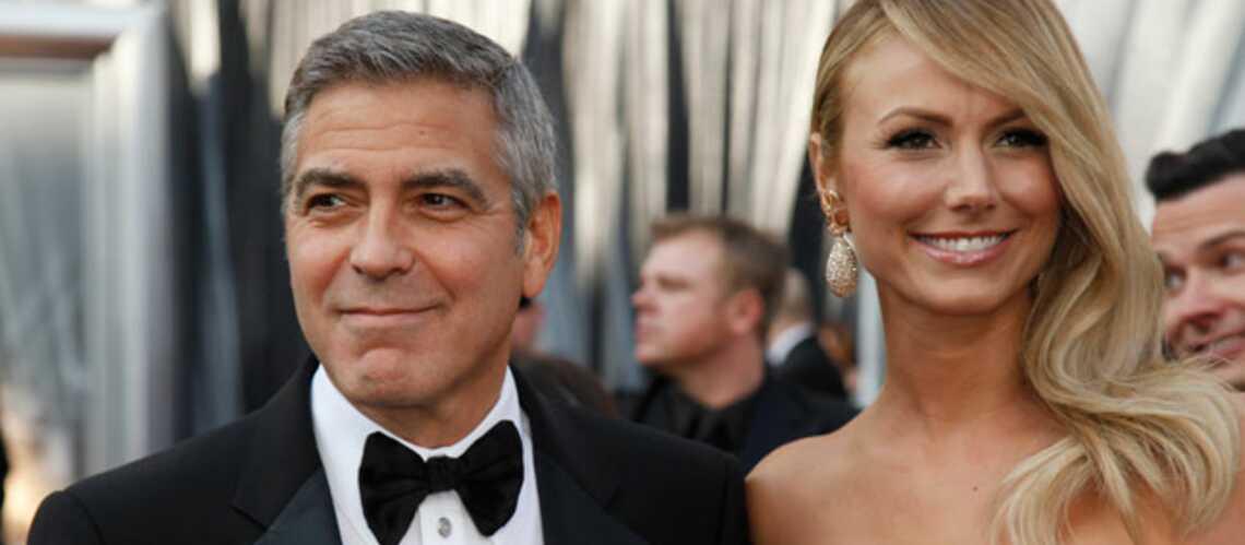 George Clooney dément être séparé de Stacy Keibler