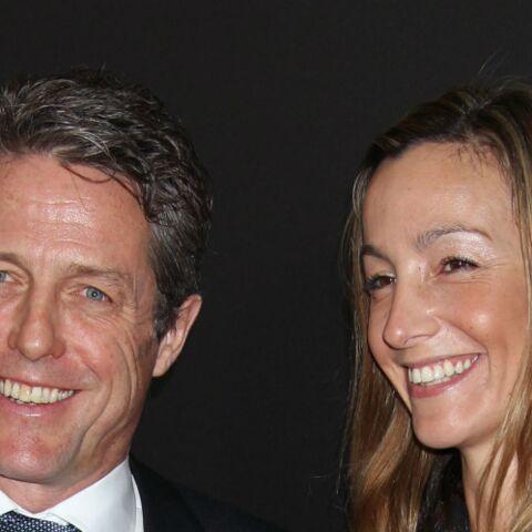 PHOTOS – Hugh Grant pose pour la première fois avec sa compagne Anna Eberstein