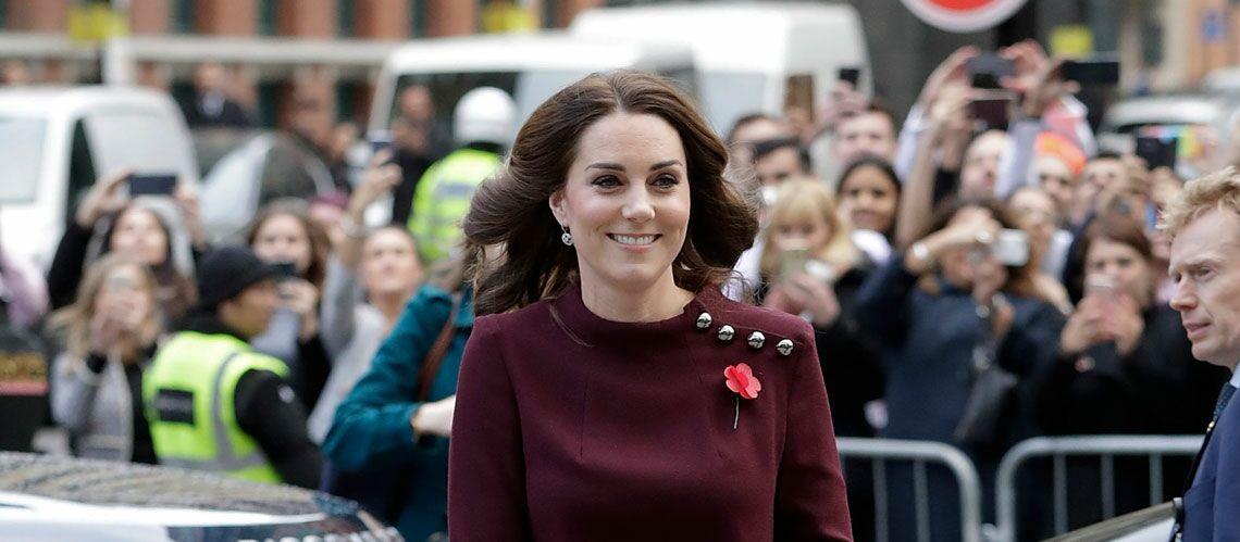 PHOTOS – Kate Middleton hyperactive, la future maman en a fini avec ses terribles nausées elle a encore fait une apparition ce matin