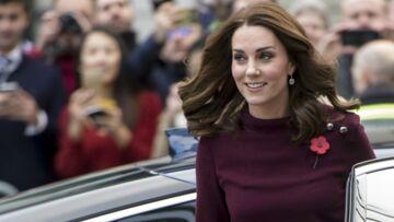 PHOTOS – Kate Middleton enceinte: sa grossesse se dessine sous sa robe à 542 €