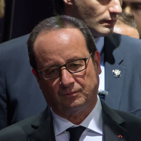 François Hollande abattu