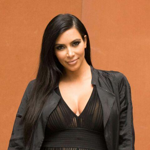 Kim Kardashian déflorée par un chanteur connu