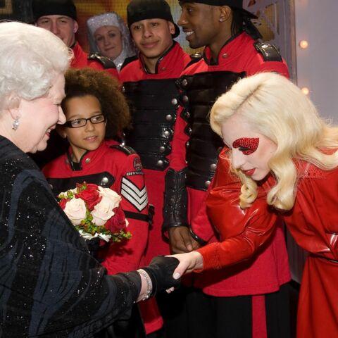 Elizabeth II, reine du show business