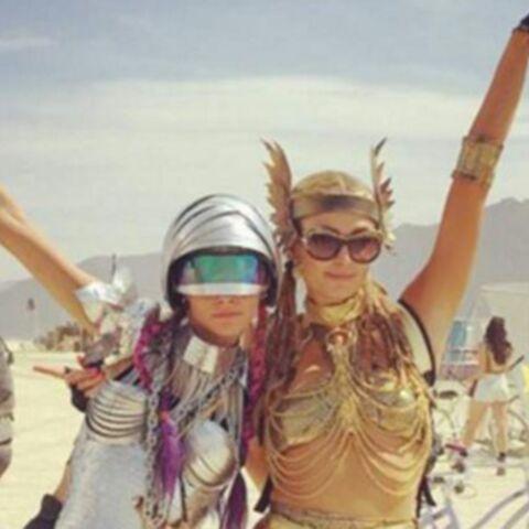 Photos – Paris Hilton, Cara Delevingne, Katy Perry… Les stars en plein délire au Burning Man