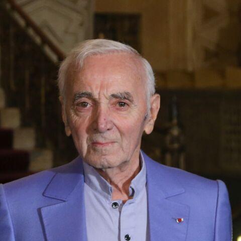 Charles Aznavour est «sûr qu'on va regretter François Hollande»