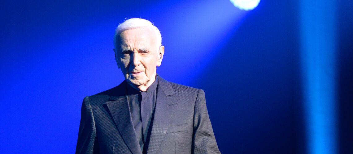 Charles Aznavour: L'opération de chirurgie esthétique qui a changé sa carrière