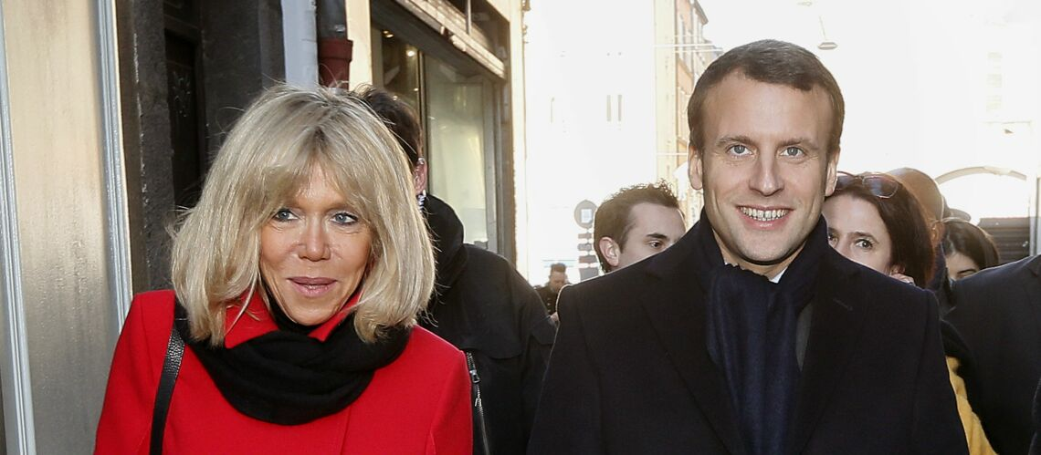 PHOTOS – Emmanuel et Brigitte Macron font le marché en duo