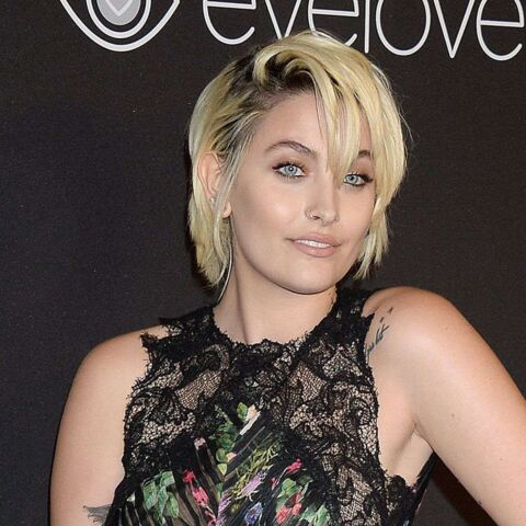 PHOTOS – Paris Jackson, en pleine forme, affiche son look rock sur le tapis rouge