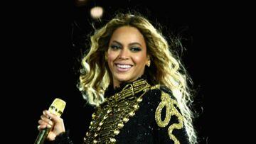 PHOTO – Beyoncé: bien en formes et en petite robe pour une nouvelle sortie en amoureux depuis la naissance de ses jumeaux