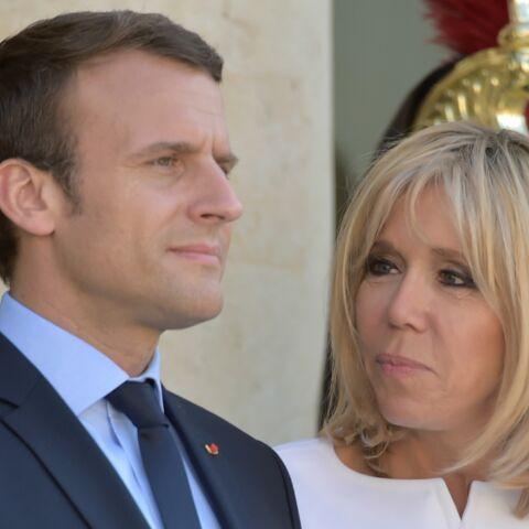 PHOTOS  – Emmanuel et Brigitte Macron: le regard qui en dit long