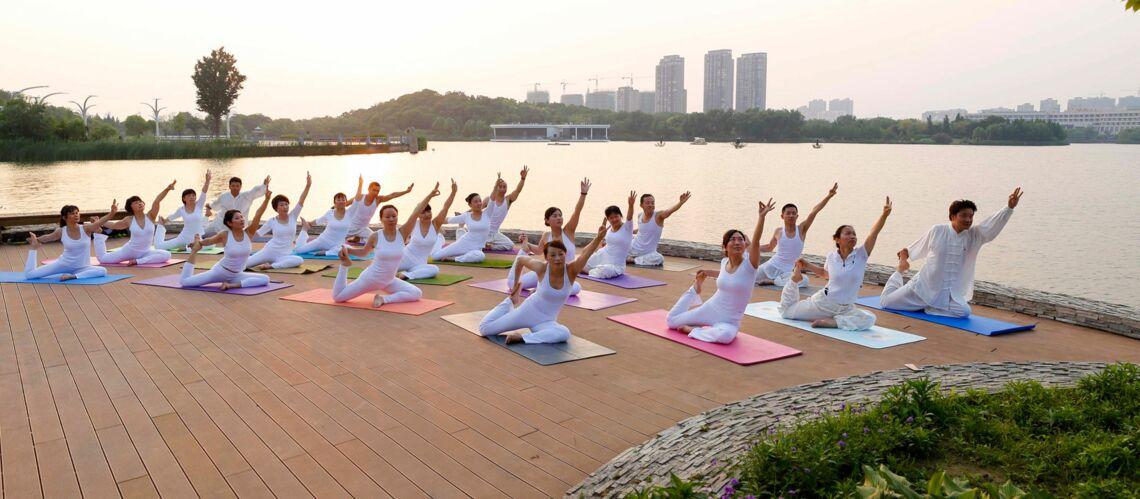 Yoga   5 solutions pour s y mettre à Paris - Gala c5e7ee9ea13