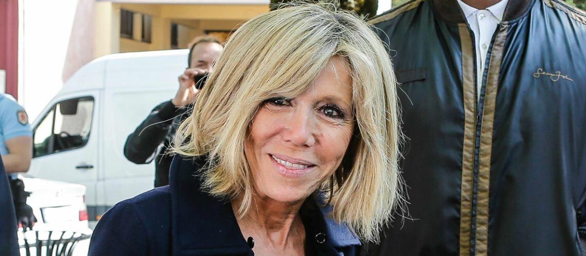 """Pourquoi Brigitte Macron """"s'est interdit"""" de venir aux obsèques de Mireille Darc"""