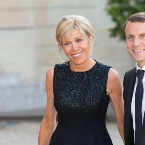 Passation à l'Elysée: Brigitte Macron raccompagnera-t-elle François Hollande avec son mari?